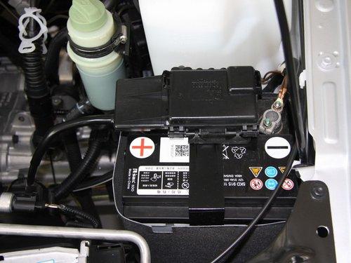 一汽-大众  捷达 1.6 MT 蓄电池特写