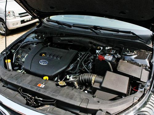 一汽奔腾  奔腾B70 1.8 AT 发动机主体特写