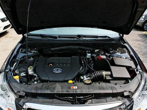 一汽奔腾  1.8L 自动 发动机局部特写