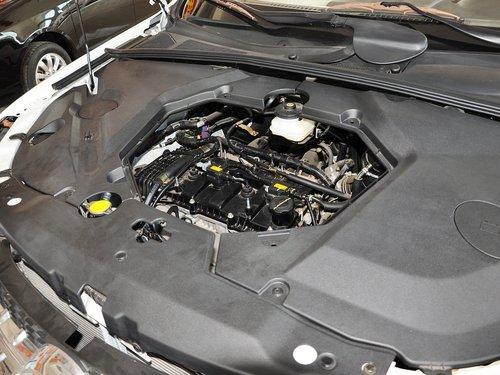 比亚迪  比亚迪S6劲悦版 2.0L MT 发动机主体特写
