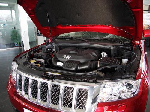 Jeep吉普  大切诺基 3.6L AT 发动机局部特写