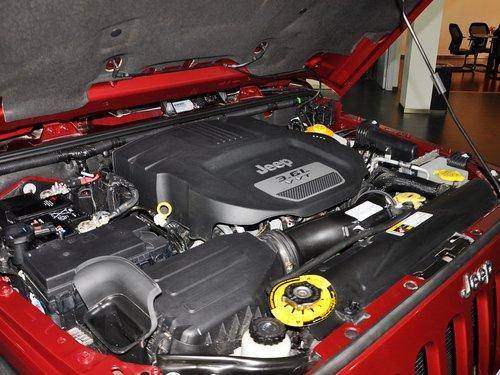 Jeep  3.6L 发动机主体特写