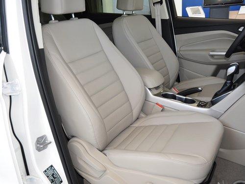 长安福特  2.0T 自动 副驾驶席座椅45度特写
