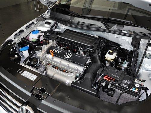 一汽-大众 宝来 1.6l mt 发动机主体特写