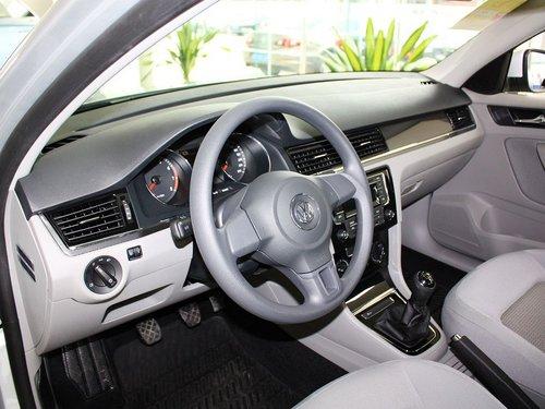 一汽-大众  1.6L 手动 中控台左侧