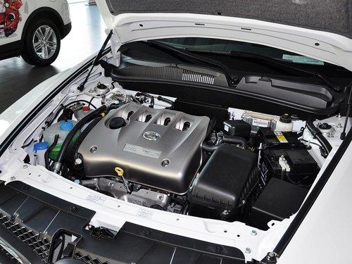 广汽  传祺GA5 2.0L AT 发动机主体特写
