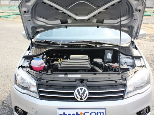 一汽-大众  1.6L 手动 发动机局部特写