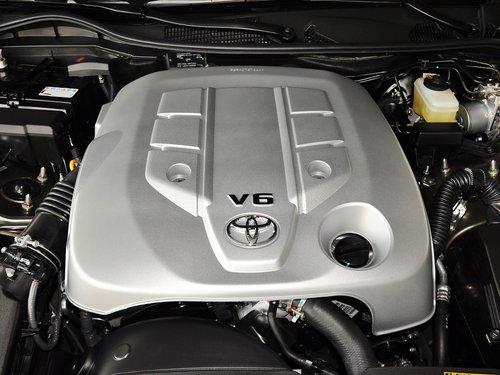一汽丰田  2.5V