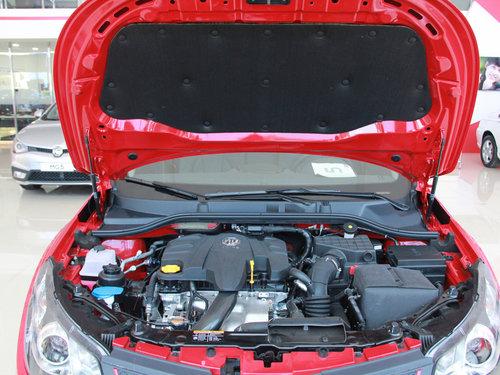 MG  1.5T 自动 发动机局部特写