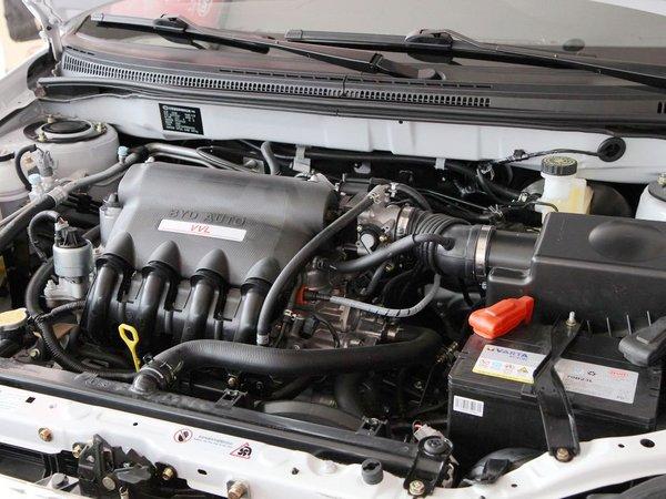 比亚迪  1.5L 手动 发动机主体特写