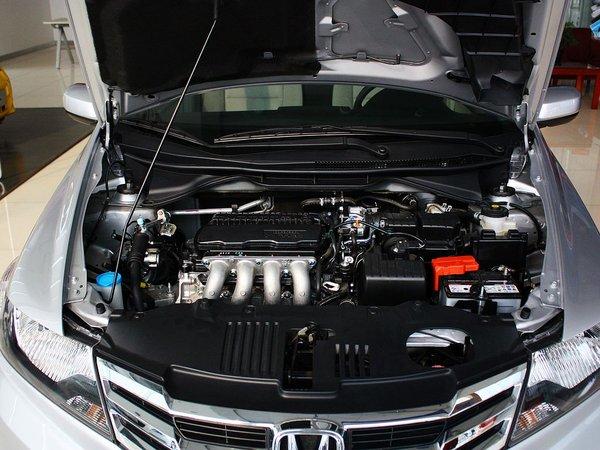 广汽本田  1.5L 自动 发动机局部特写