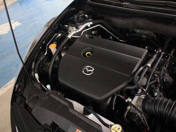 一汽马自达  2.0 自动 发动机主体特写