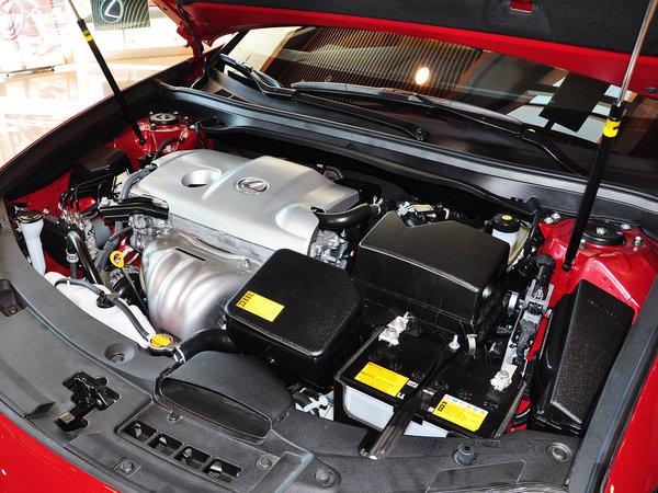 雷克萨斯  2.5 自动 发动机主体特写