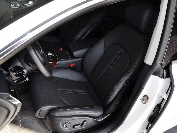 奥迪(进口)  50TFSI quattro 驾驶席座椅前45度视图