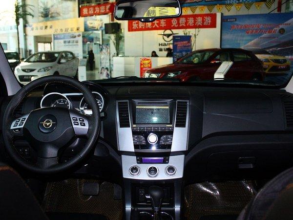 海马汽车  2.0L 自动 中控台整体