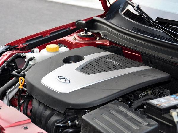 奇瑞汽车  1.6DVVT 手动 发动机主体特写