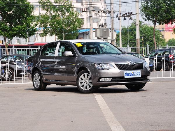 斯柯达  1.4T DSG 车辆右侧45度角