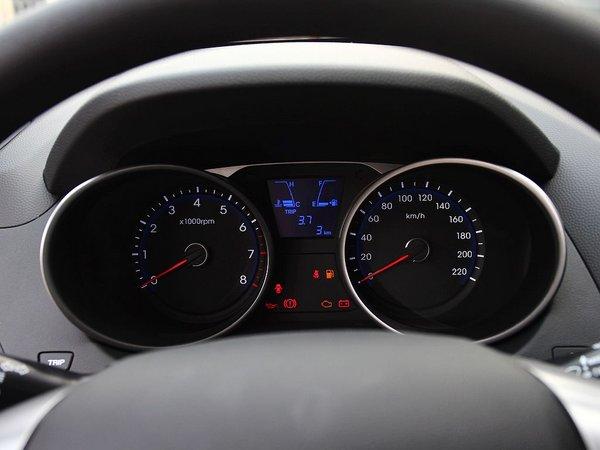 北京现代  改款 GL 2.0L 手动 仪表盘