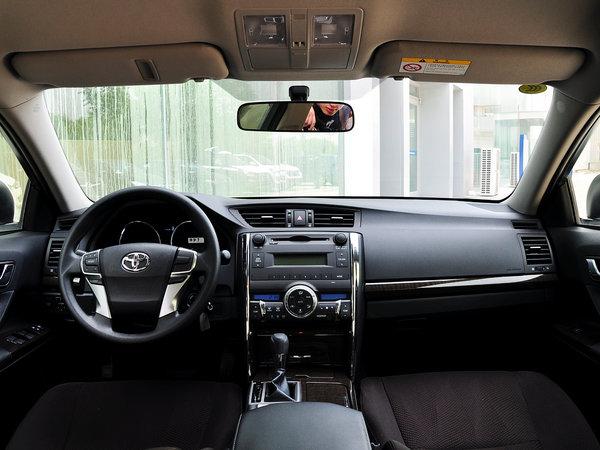 一汽丰田  2.5S 自动 中控台整体