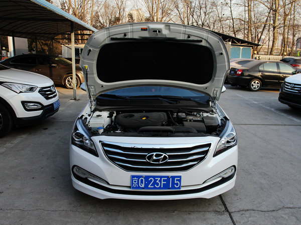 北京现代  1.8L 自动 车辆发动机舱整体