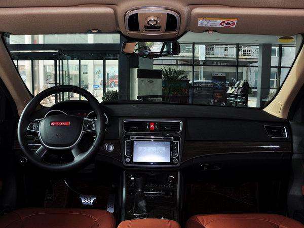 哈弗汽车  2.0T 自动 大中控全景
