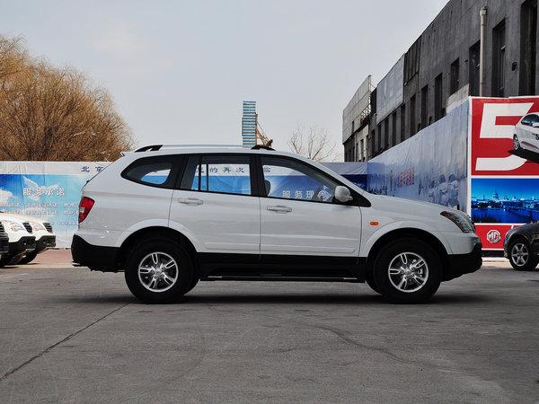 上汽荣威  1.8T 2WD 车辆正右侧