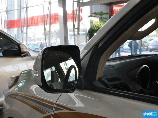丰田(进口)  2.7L 自动 反光镜外侧下视