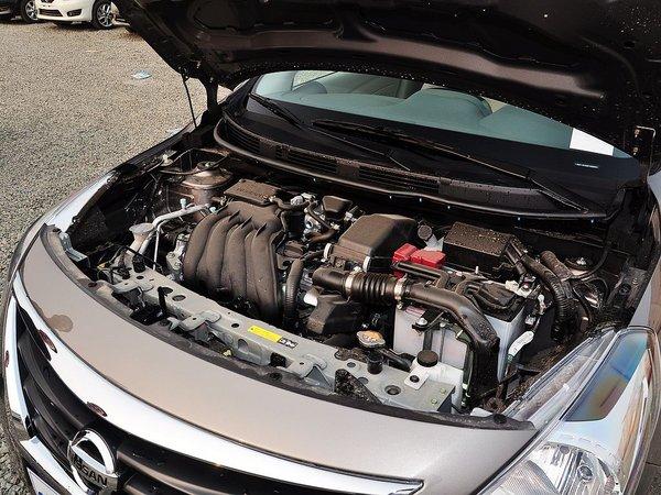 东风日产  1.5XE 手动 发动机主体特写