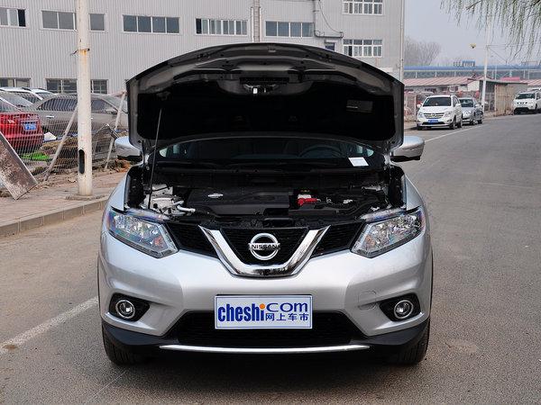 东风日产  2.0L XL CVT 车辆发动机舱整体