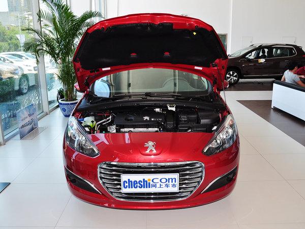 东风标致  乐享版 1.6L 手动 车辆发动机舱整体