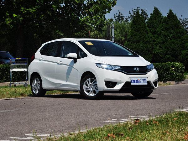 广汽本田  1.5 CVT 车辆右侧45度角