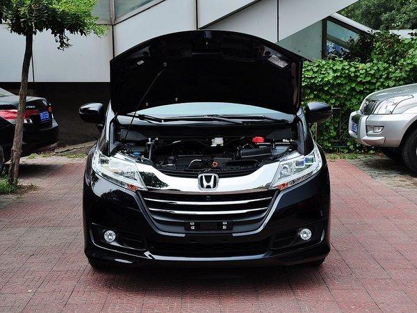 广汽本田  2.4L CVT 车辆发动机舱整体
