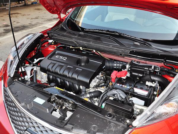 英菲尼迪  1.6L 发动机主体特写