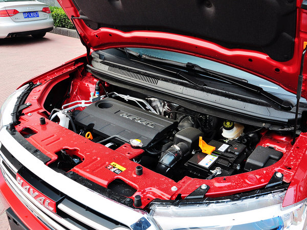 哈弗汽车  1.5L 手动 发动机主体特写