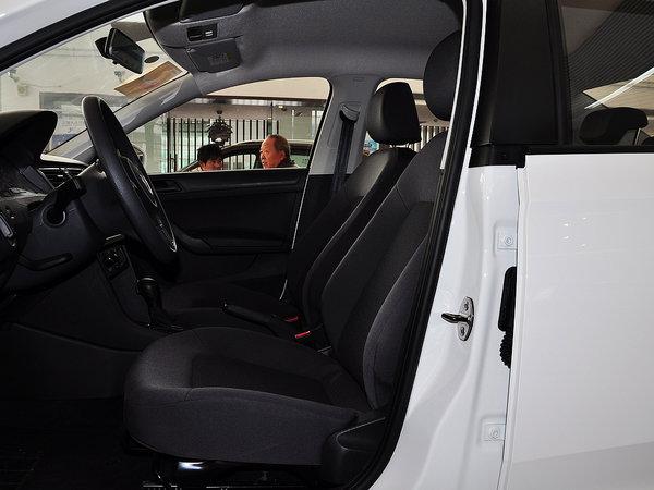 上汽大众  1.4L 自动 驾驶席座椅正视图