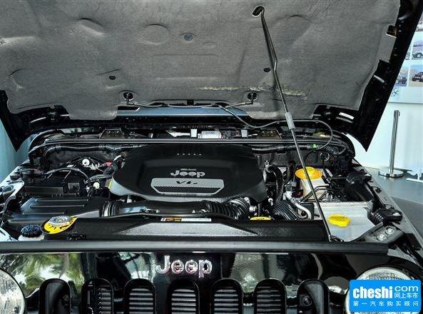 Jeep  3.6L 自动 发动机局部特写
