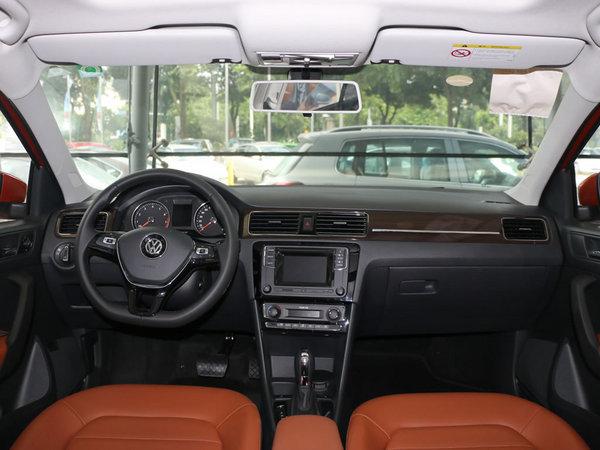 上汽大众  1.6L 自动 中控台整体