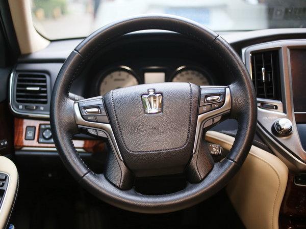 一汽丰田  2.0T 自动 方向盘