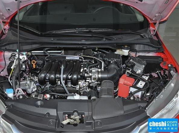 广汽本田  1.5L CVT 发动机局部特写