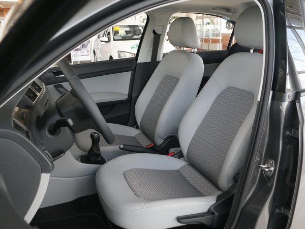 斯柯达  1.6L 手动 前排座椅