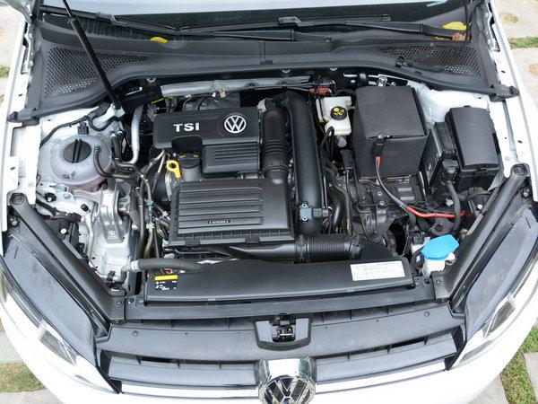 一汽-大众  1.4TSI 自动 发动机舱