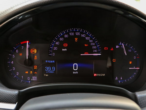 凯迪拉克(国产)  28T 方向盘后方仪表盘
