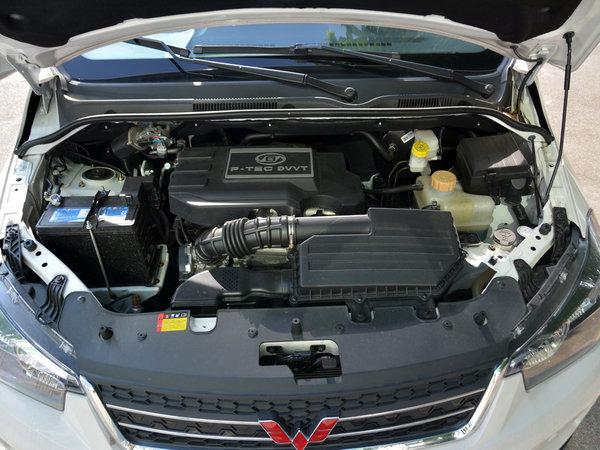 上汽通用五菱  1.5L 发动机舱