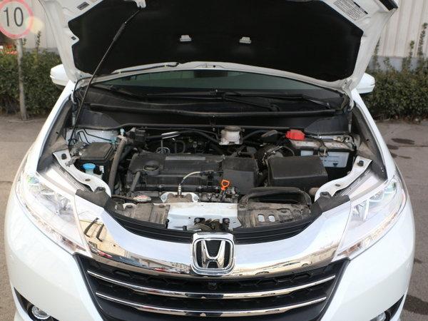 广汽本田  2.4L 发动机舱