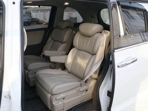 广汽本田  2.4L 第二排座椅