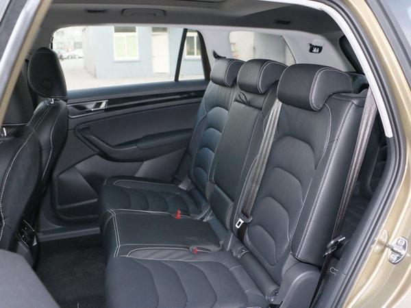 斯柯达  TSI330 第二排座椅