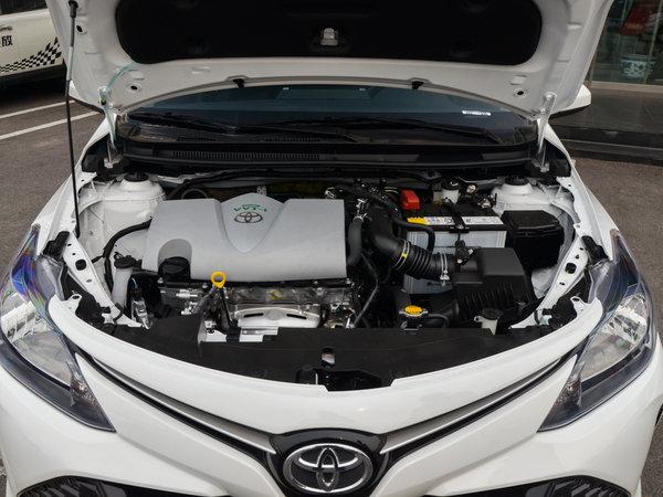 一汽丰田  1.3L 发动机舱