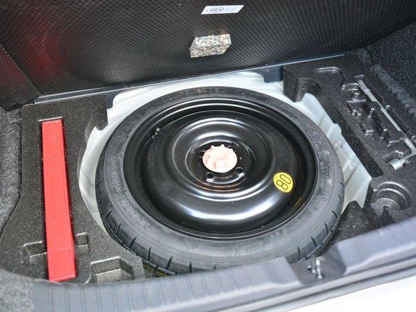一汽丰田  1.5L 备胎整体