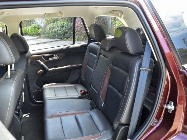 SWM斯威汽车  1.5T 第二排座椅