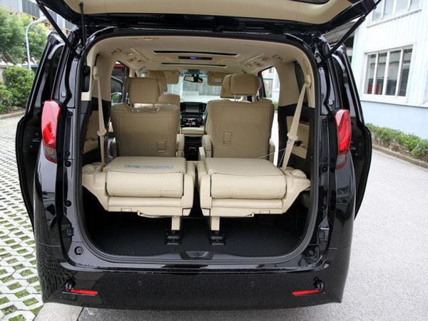 丰田(进口)  3.5L 后备箱